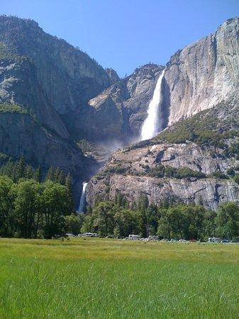 Discover Lake Tahoe - Scenic Bus Tours: Yosemite Falls