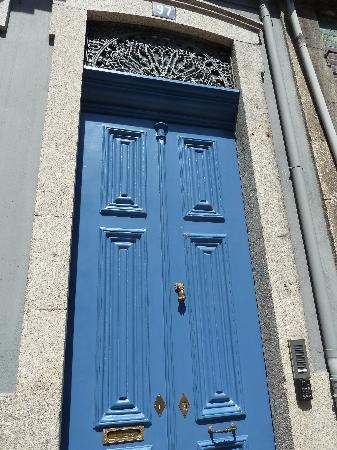 6Only Guest House: Behind the blue door...