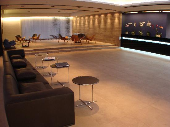 TUI Sensimar Tesoroblu Hotel & Spa: Tesoro Blu Reception + Waiting Area