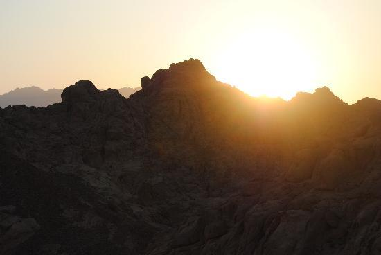 Vova Sharm Excursions -Day Tours : sun set