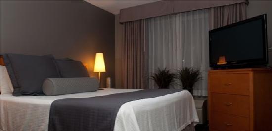 Hawthorn Suites by Wyndham Los Angeles: One Bedroom Suite
