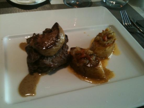 MB : steak with foie gras