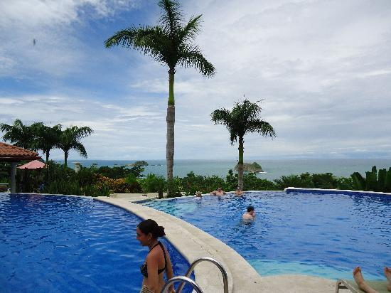 Hotel Parador: pool with incredible view