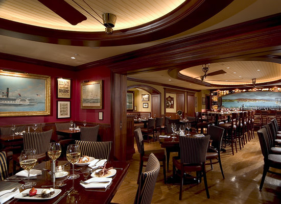 Griswold Inn ~ Dining: Wine Bar View