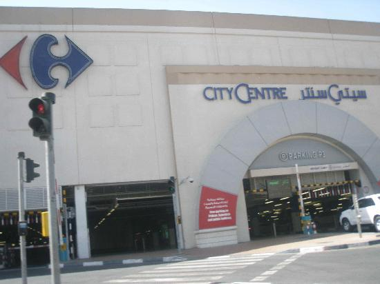 Deira City Center Shopping Mall : Entrance to the Mall Car Parking