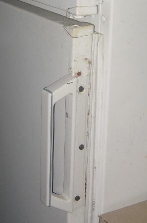 Oceanview Motel: refrigerator door
