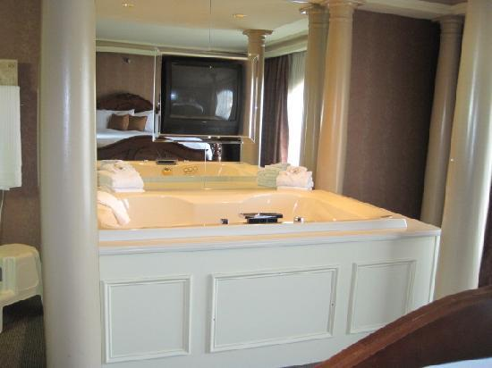 Heritage Hills Golf Resort & Conference Center: Jacuzzi Tub