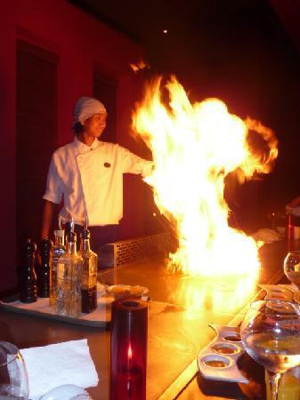 Voyage Belek Golf & Spa: Tepanyaki Restaurant