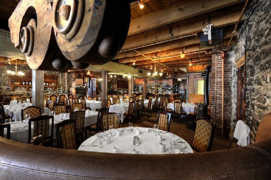 Maisonneuve room picture of vieux port steakhouse for Restaurant salle a manger montreal