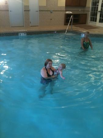 Country Inn & Suites By Carlson, Braselton: the pool