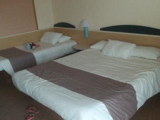 Ibis Millau : Grande chambre 3 personnes