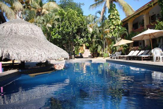 Tropicana Inn: the Pool