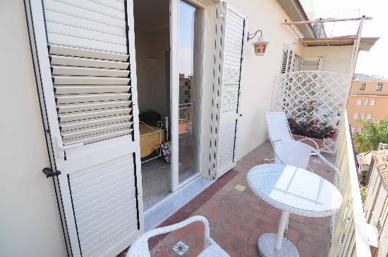 Il Giglio Bianco: Balcony