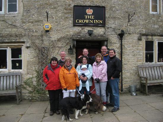 The Crown Inn : An earlier visit in March 2011 with friendsand family