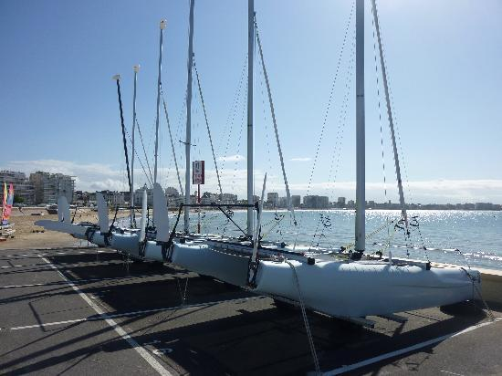 Les Hirondelles: Sailboats abound in Les Sables d'Olonne.