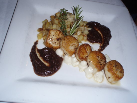 Victorian Dining Room & Garden Room: Seared Scallops