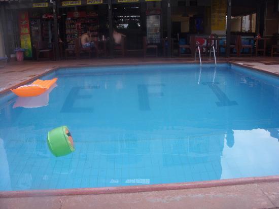 Efi Hotel Apts.: Swimming pool
