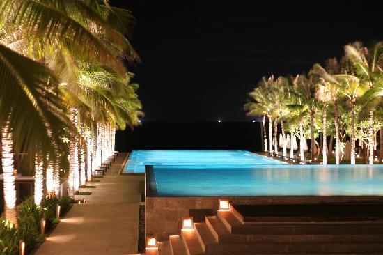 Four Seasons Resort The Nam Hai, Hoi An: Nam Hai Pool