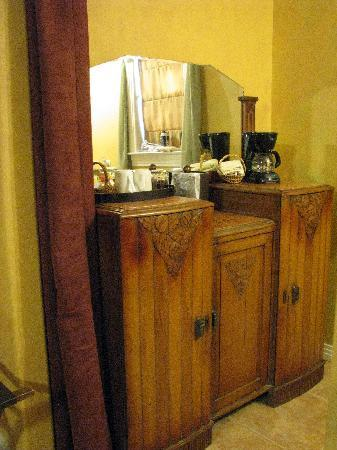 Creekhaven Inn: bathroom