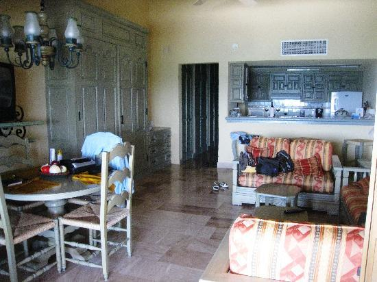 Torres Mazatlan Resort: our room
