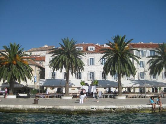 Riva Yacht Harbour Hotel: front of Riva