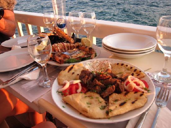 Katerina's Bar : dinner on the balcony
