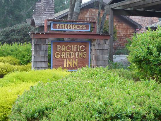 Pacific Gardens Inn Sign