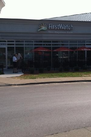 First Watch: Front entrance