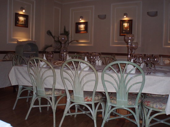 The 57 Restaurant : Don't be taken in by the beautiful venue!