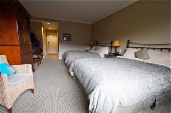 Park Place Inn: 2 queen beds