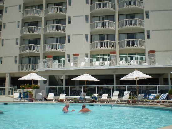 pool view picture of port royal hotel wildwood crest. Black Bedroom Furniture Sets. Home Design Ideas