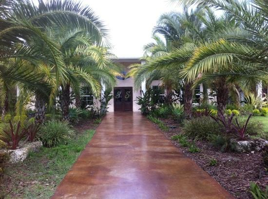 Schnebly Redland's Winery: the front entry to the winery