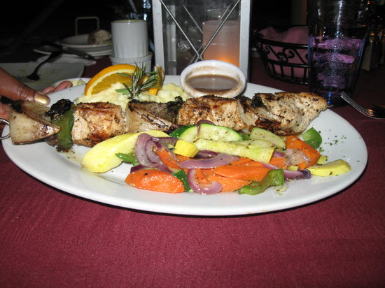 Matthew's Beachside Restaurant : Chicken Kabob