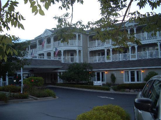 Lake Geneva, WI: The Geneva Inn