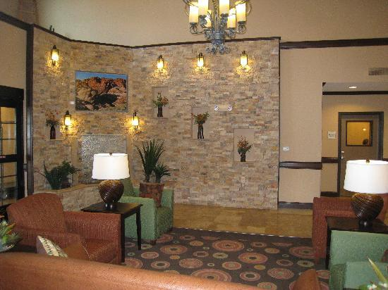 La Quinta Inn & Suites Las Vegas Airport South: Lobby