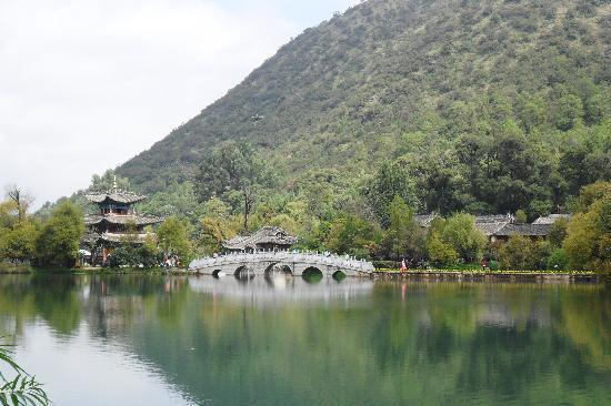 Rendezvous Lijiang Inn: Black Dragon Pool