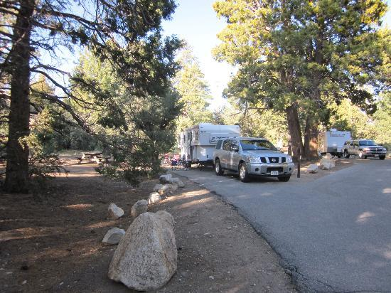 Fawnskin, Californien: Serrano Campground