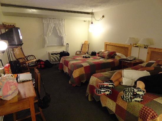 Casselman Inn: Comfortable Rooms