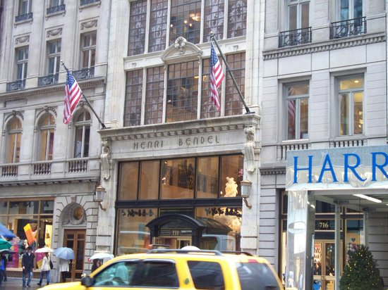 Photo of Tourist Attraction Henri Bendel at 712 5th Ave, New York, NY 10019, United States
