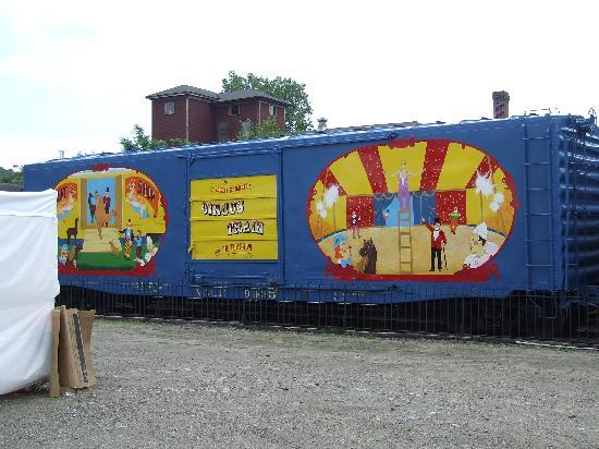 Essex Steam Train and Riverboat: Puppets