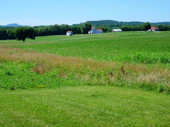 Monocacy National Battlefield: View of Best Farm, where the battle commenced