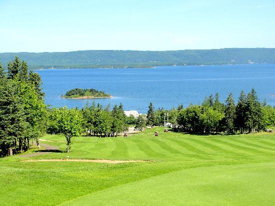 Dundee Resort & Golf Club : Spectacular Golf Course Views
