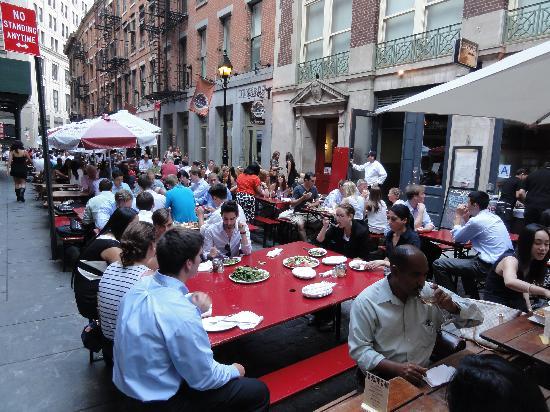Stone Street Historic District: Stone Street street dining