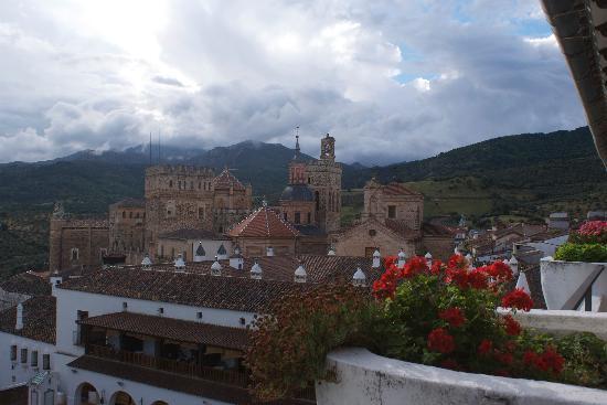 Parador de Guadalupe : Vista desde el balcon de mi cuarto