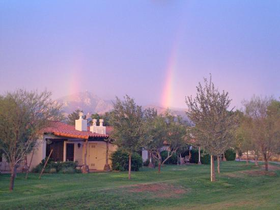 Tubac Golf Resort & Spa: Double rainbow