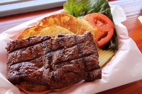 Duckie's: Steak sandwich