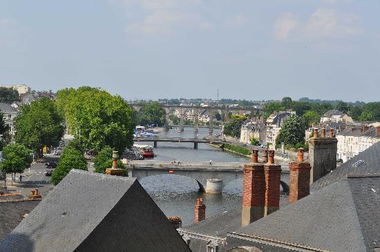 Лаваль, Франция: Les ponts au centre de Laval