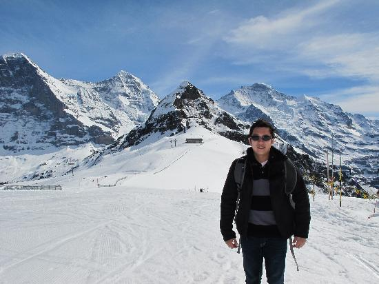 Grindelwald, Schweiz: Taken at Mannlichen with EMJ at background