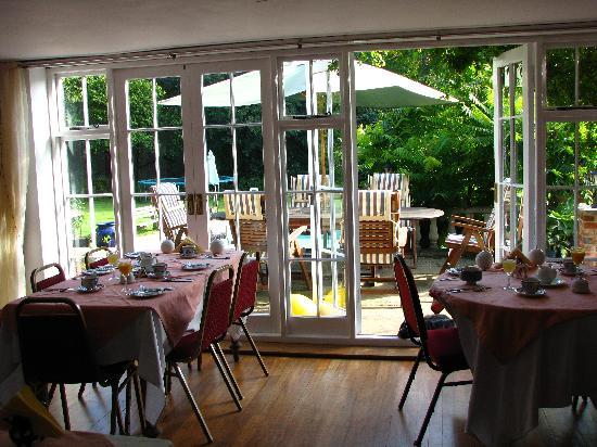 Packridge Bed and Breakfast: Breakfast Room
