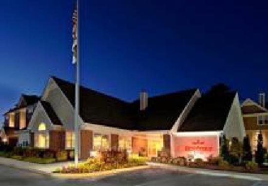 Residence Inn Huntsville: Residence Inn Entrance